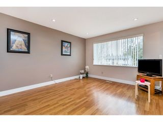 """Photo 11: 17345 63A Avenue in Surrey: Cloverdale BC House for sale in """"Cloverdale"""" (Cloverdale)  : MLS®# R2446374"""