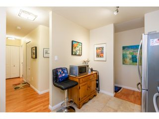 """Photo 10: 404 15991 THRIFT Avenue: White Rock Condo for sale in """"Arcadian"""" (South Surrey White Rock)  : MLS®# R2505774"""
