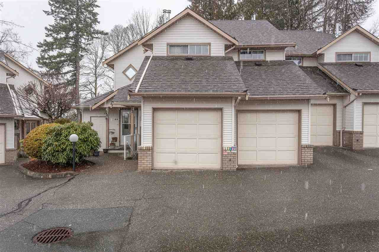 """Main Photo: 45 32361 MCRAE Avenue in Mission: Mission BC Townhouse for sale in """"Spencer Estates"""" : MLS®# R2433834"""