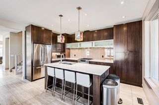 Photo 15: 2203 13 Street NW in Calgary: Capitol Hill Semi Detached for sale : MLS®# A1151291