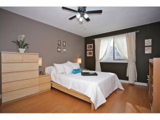 """Photo 7: 5 14171 104 Avenue in Surrey: Whalley Townhouse for sale in """"HAWTHORNE PARK"""" (North Surrey)  : MLS®# F1404162"""