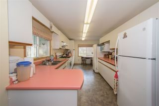 Photo 4: 1905 DAHLIE Road in Smithers: Smithers - Rural Manufactured Home for sale (Smithers And Area (Zone 54))  : MLS®# R2366579