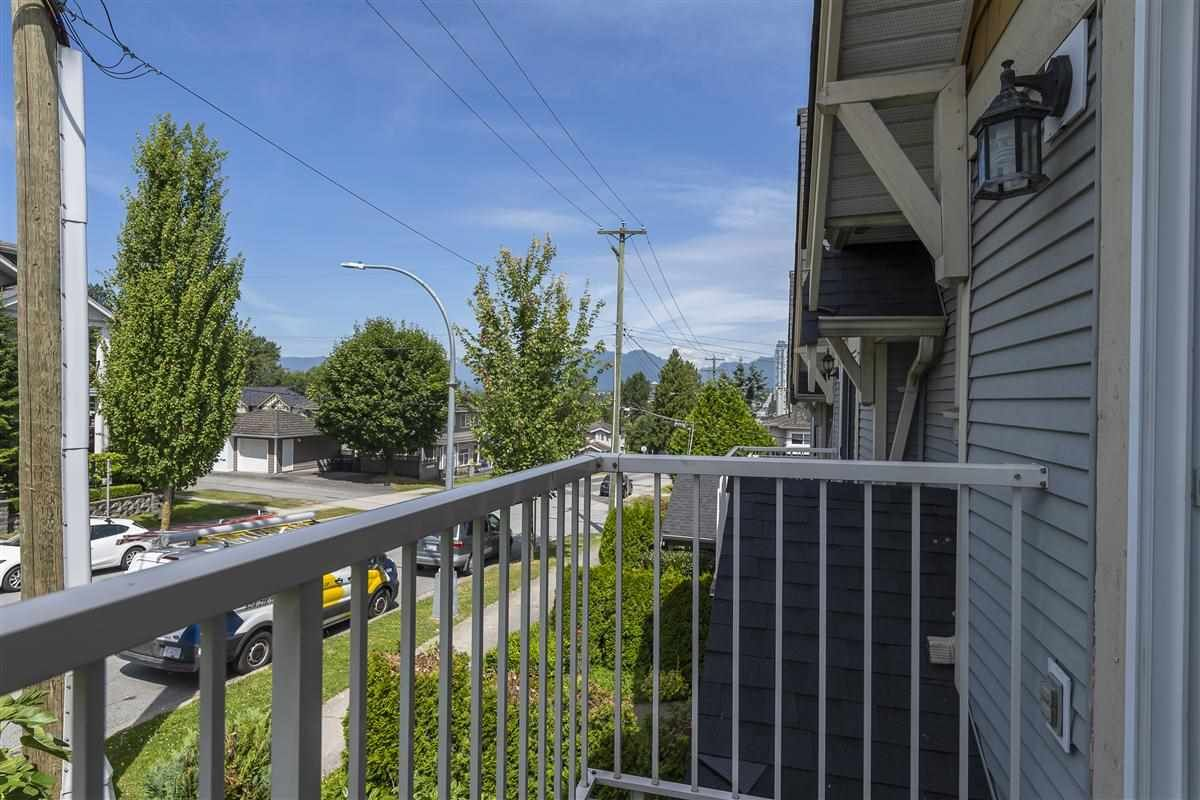 Photo 13: Photos: 3178 GILMORE Avenue in Burnaby: Central BN 1/2 Duplex for sale (Burnaby North)  : MLS®# R2474693