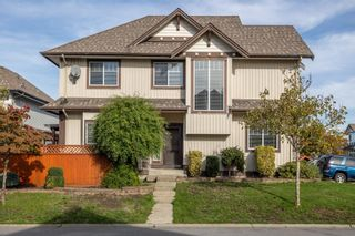 Main Photo: 18195 66A Avenue in Surrey: Cloverdale BC House for sale (Cloverdale)  : MLS®# R2627486