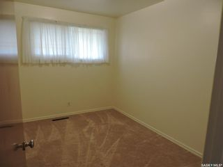 Photo 8: 13 Lincoln Avenue in Yorkton: West YO Residential for sale : MLS®# SK824129