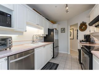"""Photo 7: 101 15941 MARINE Drive: White Rock Condo for sale in """"The Heritage"""" (South Surrey White Rock)  : MLS®# R2591259"""
