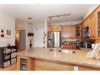 "Photo 5: 210 15777 MARINE Drive: White Rock Condo for sale in ""South Beach"" (South Surrey White Rock)  : MLS®# R2312942"