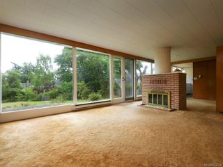 Photo 5: 4012 LOCARNO Lane in Saanich: SE Arbutus House for sale (Saanich East)  : MLS®# 843704