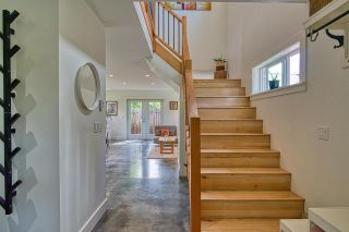 """Photo 15: 723 DOGWOOD & BLACKBERRY LANE Road in Gibsons: Gibsons & Area House for sale in """"Bay area"""" (Sunshine Coast)  : MLS®# R2593511"""