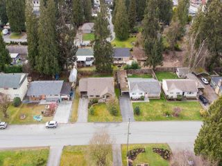 """Photo 33: 2327 CLARKE Drive in Abbotsford: Central Abbotsford House for sale in """"Historic Downtown Infill Area"""" : MLS®# R2556801"""