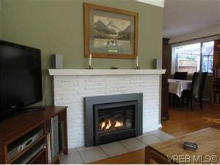 Photo 13: 2205 Victor Street in VICTORIA: Vi Fernwood Residential for sale (Victoria)  : MLS®# 300654