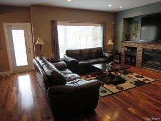 Photo 8: 7 Brockington Avenue in Winnipeg: Fort Garry / Whyte Ridge / St Norbert Residential for sale (South Winnipeg)  : MLS®# 1605075