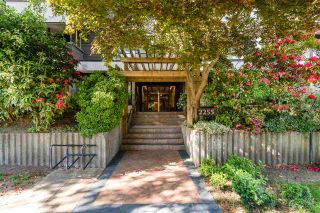"""Photo 2: 210 2255 W 8TH Avenue in Vancouver: Kitsilano Condo for sale in """"WEST WIND"""" (Vancouver West)  : MLS®# R2583835"""