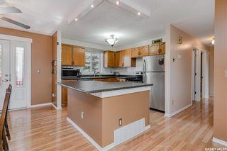 Photo 3: 247 Davies Road in Saskatoon: Silverwood Heights Residential for sale : MLS®# SK866077