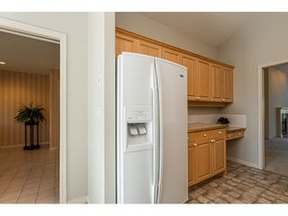 "Photo 11: 18 4001 OLD CLAYBURN Road in Abbotsford: Abbotsford East Townhouse for sale in ""Cedar Springs"" : MLS®# R2469026"