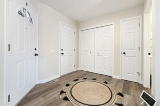 Photo 11: 7 Silvergrove Close NW in Calgary: Silver Springs Row/Townhouse for sale : MLS®# A1150869