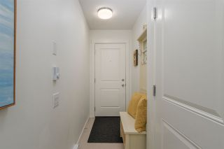 """Photo 4: 83 8476 207A Street in Langley: Willoughby Heights Townhouse for sale in """"YORK BY MOSAIC"""" : MLS®# R2235132"""