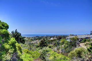Photo 4: LA JOLLA House for sale : 4 bedrooms : 6561 Avenida Wilfredo