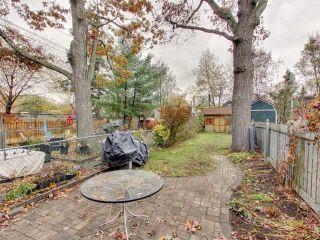 Photo 19: 200 Oakcrest Avenue in Toronto: East End-Danforth House (2 1/2 Storey) for sale (Toronto E02)  : MLS®# E3985440
