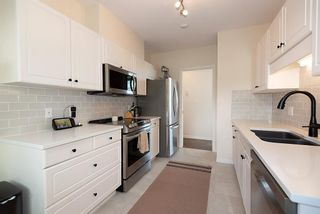 Photo 10: #309 - 2271 Bellevue Ave in West Vancouver: Dundarave Condo for sale : MLS®# R2615793