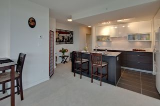 """Photo 5: 604 175 W 2ND Street in North Vancouver: Lower Lonsdale Condo for sale in """"VENTANA"""" : MLS®# V912477"""