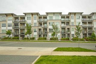 """Photo 30: 205 6468 195A Street in Surrey: Clayton Condo for sale in """"Yale Bloc Building 1"""" (Cloverdale)  : MLS®# R2456985"""