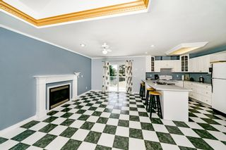 "Photo 11: 7517 BURGESS Street in Burnaby: Edmonds BE House for sale in ""Edmonds / Cariboo"" (Burnaby East)  : MLS®# R2402148"