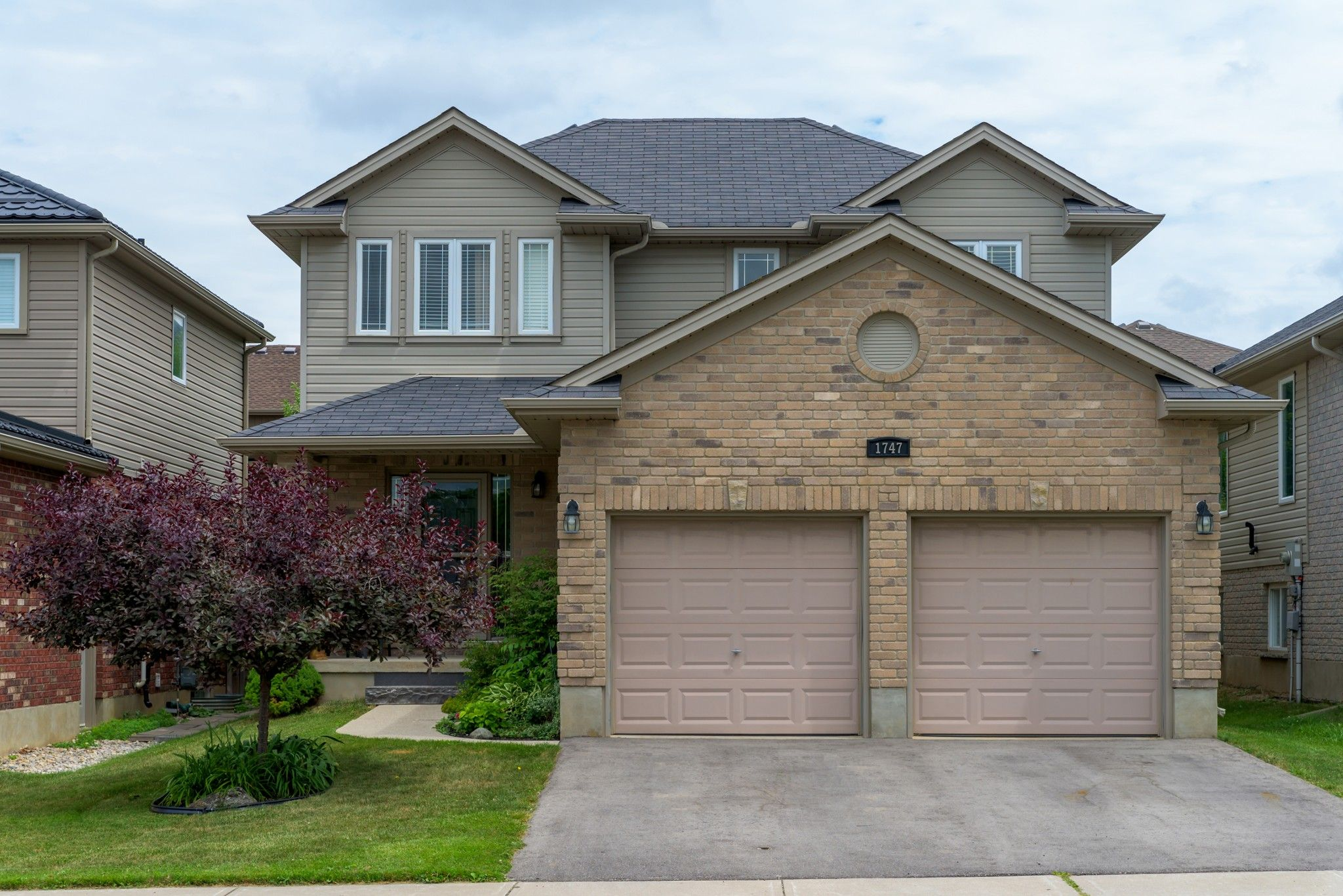 Main Photo: 1747 HEALY Road in London: Property for sale : MLS®# 276271