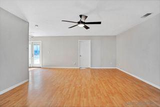 Photo 8: SANTEE House for sale : 3 bedrooms : 9345 E Heaney Cir