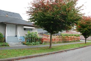Photo 2: 2607 E 38TH Avenue in Vancouver: Collingwood VE House for sale (Vancouver East)  : MLS®# R2622877