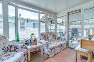"""Photo 10: 18 145 KING EDWARD Street in Coquitlam: Maillardville Manufactured Home for sale in """"MILL CREEK VILLAGE"""" : MLS®# R2575848"""