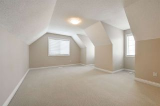 Photo 32: 1197 HOLLANDS Way in Edmonton: Zone 14 House for sale : MLS®# E4231201