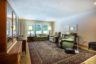 Photo 2: 988 Woodcreek Pl in : NS Deep Cove House for sale (North Saanich)  : MLS®# 862209