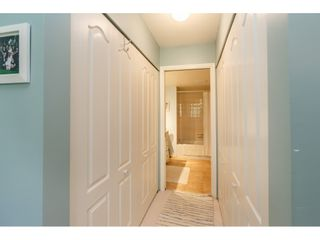 """Photo 19: 404 15991 THRIFT Avenue: White Rock Condo for sale in """"Arcadian"""" (South Surrey White Rock)  : MLS®# R2505774"""