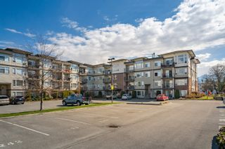 "Photo 31: 416 46289 YALE Road in Chilliwack: Chilliwack E Young-Yale Condo for sale in ""Newmark"" : MLS®# R2353572"