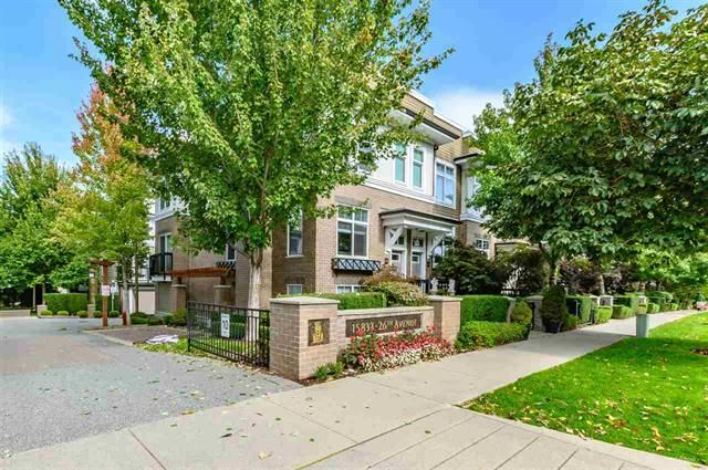 Main Photo: 32 15833 26 AVENUE in : Grandview Surrey Townhouse for sale : MLS®# R2408628