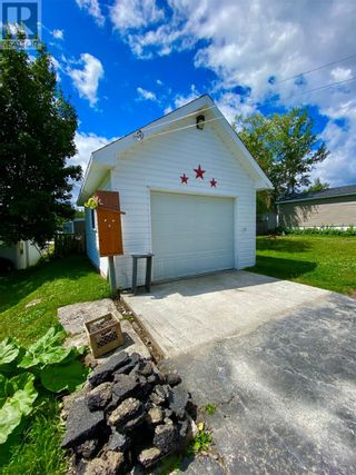 Photo 5: 33 second Avenue in Lewisporte: House for sale : MLS®# 1235599