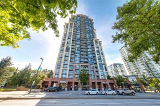 """Photo 1: 804 10777 UNIVERSITY Drive in Surrey: Whalley Condo for sale in """"Citypoint"""" (North Surrey)  : MLS®# R2582465"""