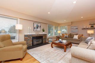Photo 5: 2174 Wenman Dr in : SE Gordon Head House for sale (Saanich East)  : MLS®# 863789