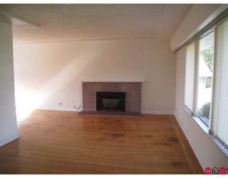 Photo 2: 10369 125TH Street in Surrey: Cedar Hills House for sale (North Surrey)  : MLS®# F2909478