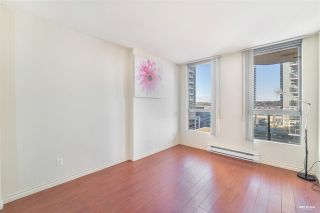"Photo 12: 806 55 TENTH Street in New Westminster: Downtown NW Condo for sale in ""WESTMINSTER TOWERS"" : MLS®# R2557924"