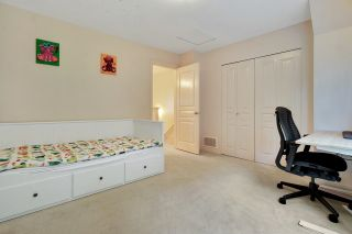 """Photo 14: 30 2000 PANORAMA Drive in Port Moody: Heritage Woods PM Townhouse for sale in """"Mountain's Edge"""" : MLS®# R2597396"""