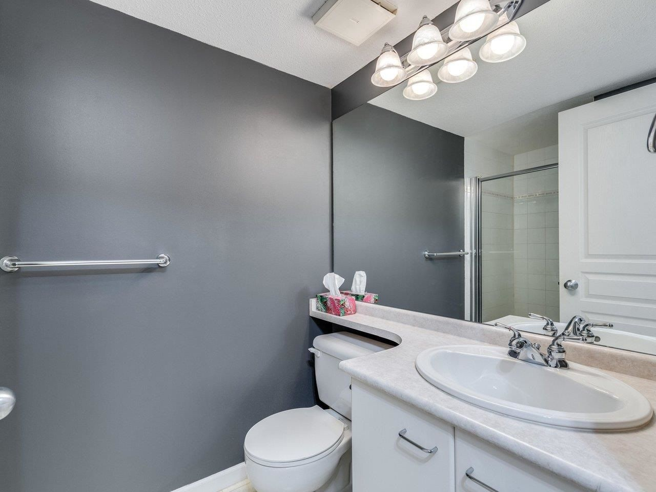 """Photo 19: Photos: 320 1252 TOWN CENTRE Boulevard in Coquitlam: Canyon Springs Condo for sale in """"The Kennedy"""" : MLS®# R2595291"""