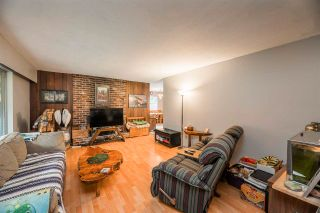 """Photo 11: 20131 49A Avenue in Langley: Langley City House for sale in """"Sundell Gardens"""" : MLS®# R2584110"""