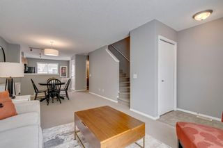Photo 9: 385 Elgin Gardens SE in Calgary: McKenzie Towne Row/Townhouse for sale : MLS®# A1115292