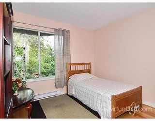 """Photo 7: 205 31 RELIANCE Court in New_Westminster: Quay Condo for sale in """"Quaywest"""" (New Westminster)  : MLS®# V690335"""