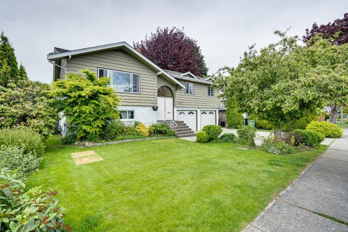 Main Photo: 10891 ROSELEA Crescent in Richmond: South Arm House for sale : MLS®# R2586056