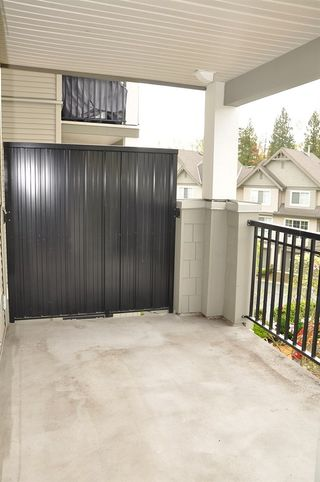 """Photo 11: 312 9233 GOVERNMENT Street in Burnaby: Government Road Condo for sale in """"SANDLEWOOD"""" (Burnaby North)  : MLS®# R2398621"""