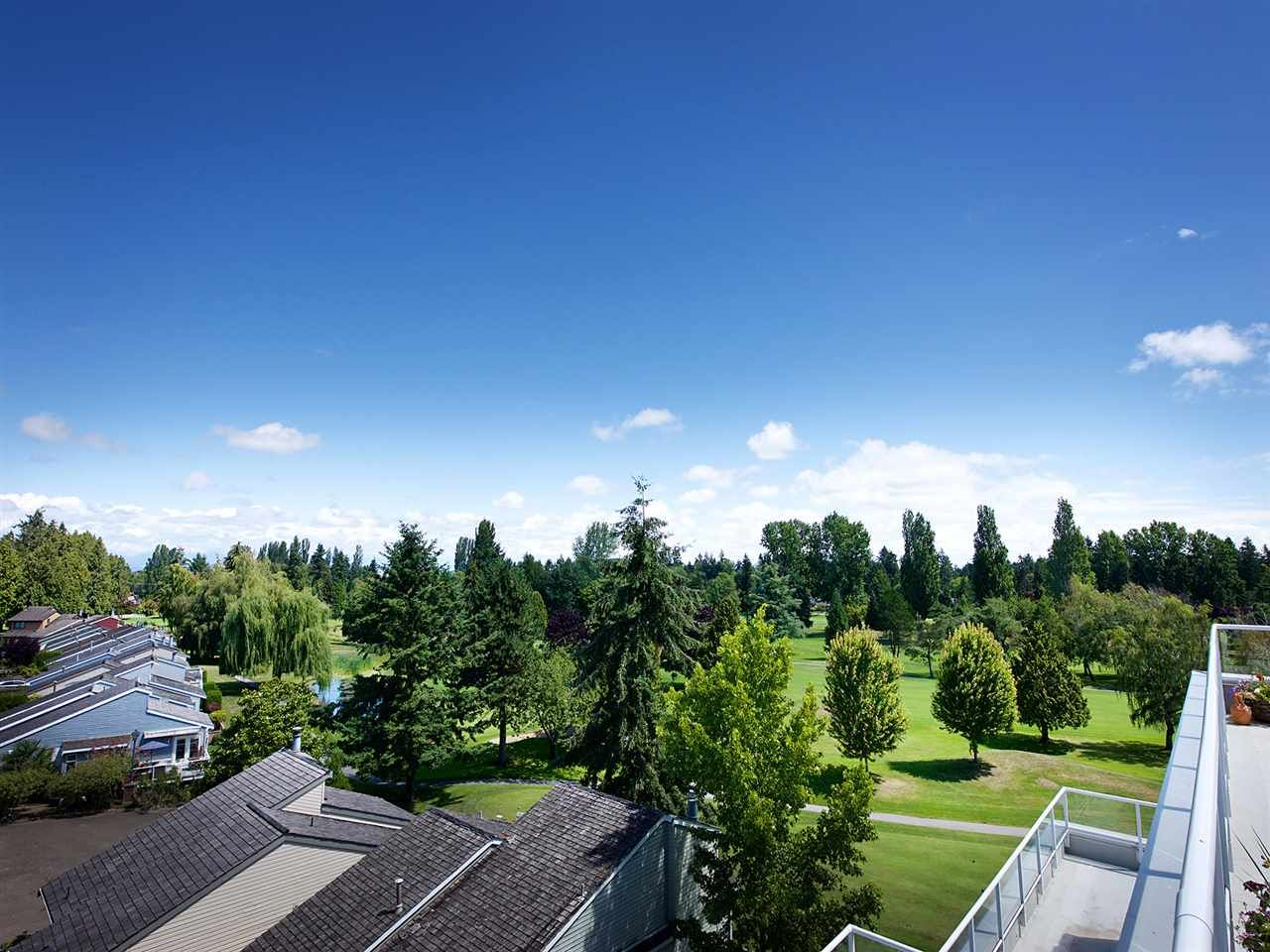 "Main Photo: 604 1400 VIEW Crescent in Delta: Beach Grove Condo for sale in ""LA MIRAGE"" (Tsawwassen)  : MLS®# R2090291"