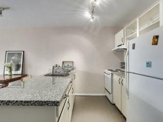 """Photo 16: 616 1333 HORNBY Street in Vancouver: Downtown VW Condo for sale in """"ANCHOR POINT"""" (Vancouver West)  : MLS®# R2620543"""